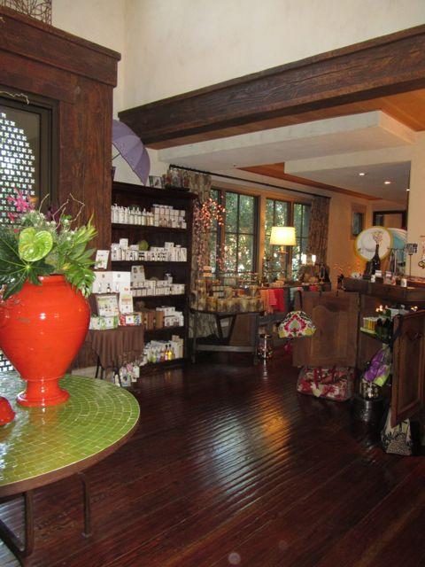 Image of Villagio Spa concierge and shop
