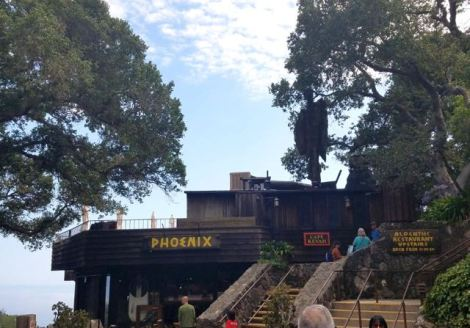 Image of front of Nepenthe Restaurant in Big Sur